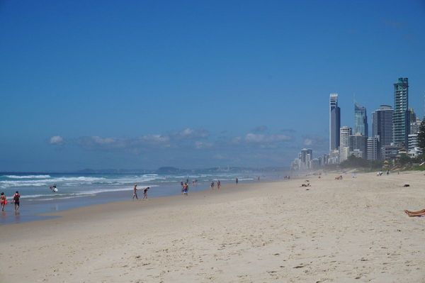 Gold Coast ... Surfer Paradise!